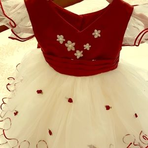 Other - Adorable baby gown burgundy color
